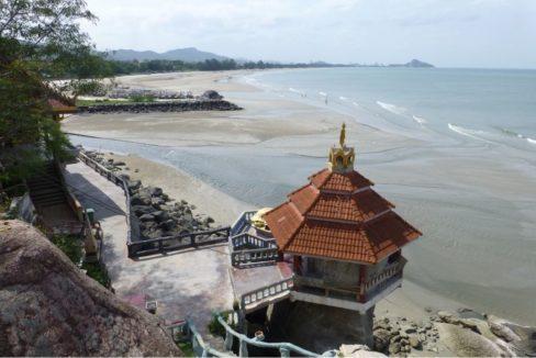 92 Wat Tham Khao Tao