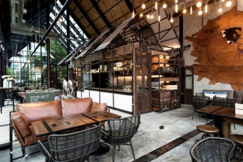 93 Air Space restaurant at Khao Takiab