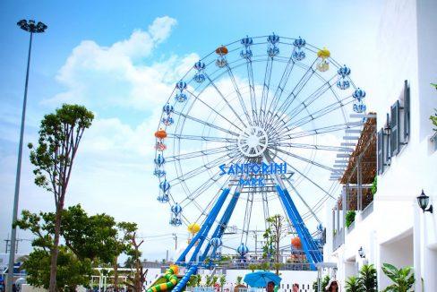 94 Santorini Amusement park