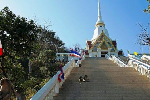 95 Wat Khao Takiab