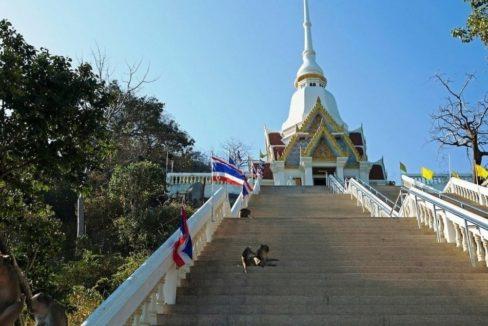 92 Wat Khao Takiab