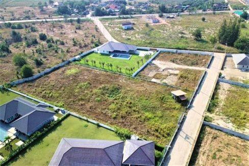 100 Birdseye view of 2525 sqm land