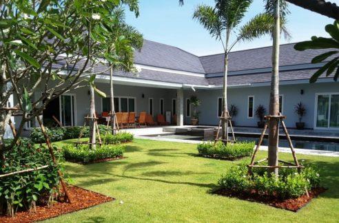 01 Palm Villas Luxury Pool Villa