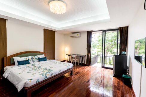 P4#44 Bedroom#6