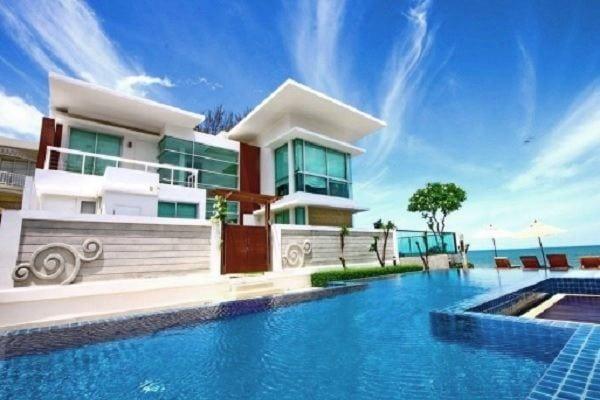 Absolute Beachfront Villa in Hua Hin/Cha-am at Vimanlay