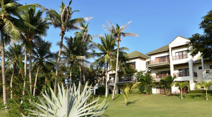 01 Palm Hills Low Rise Condominium