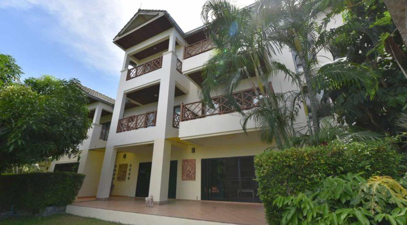 02 Palm Hills 3-Bed groundfloor condo