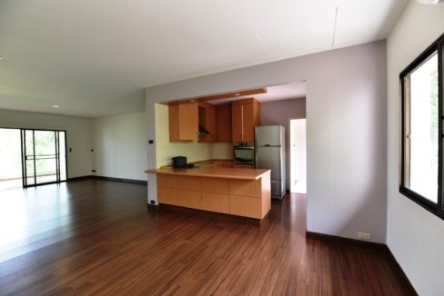 11 Kitchen with exit and maid room