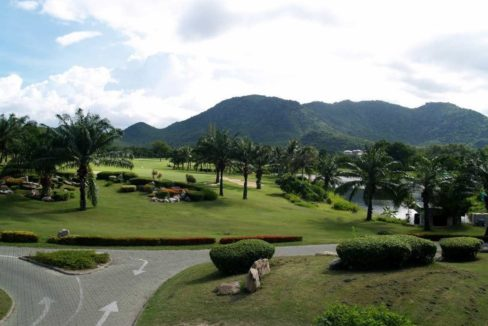 82B Palm Hills championship golf course