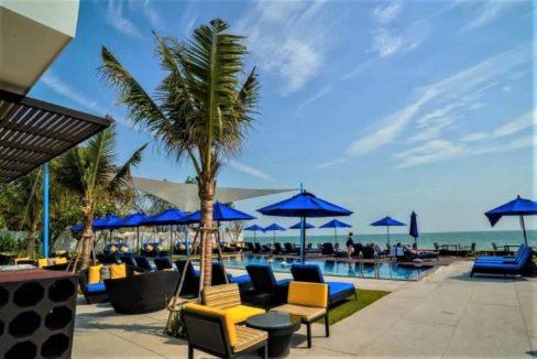 96 Shoreline Beachclub