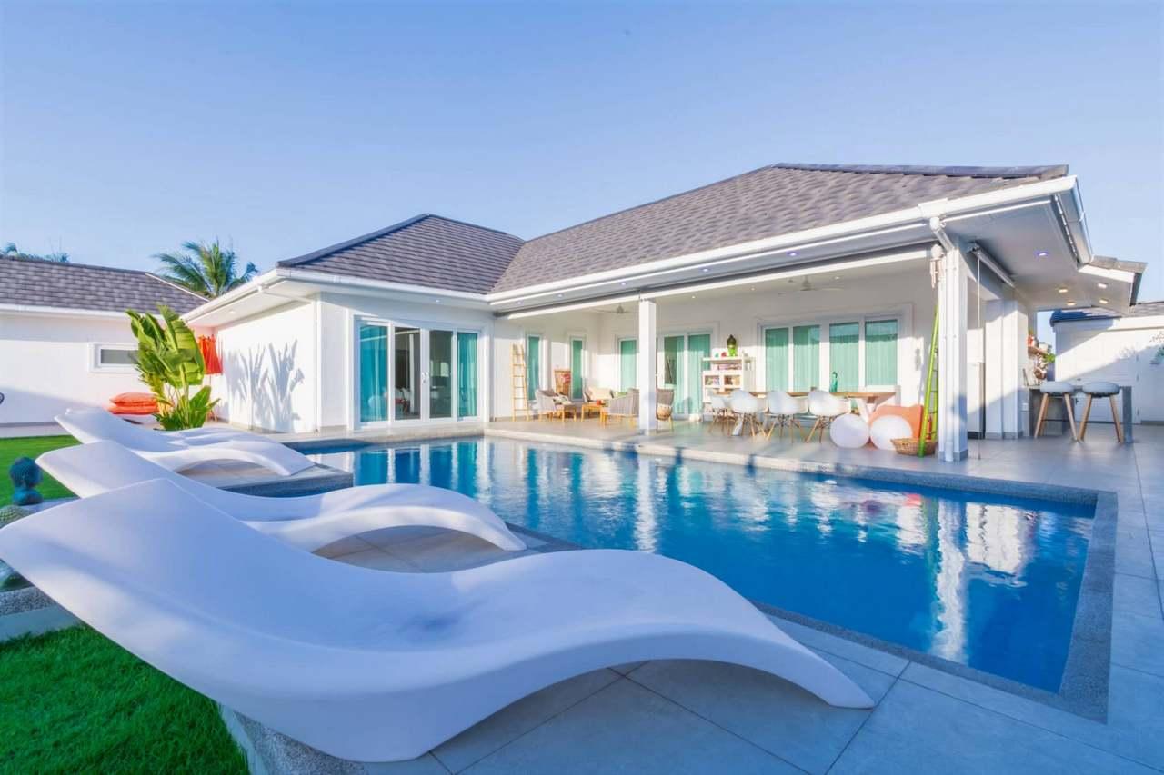 Quality 4-Bed Pool Villa near Hua Hin at Oasis Villas