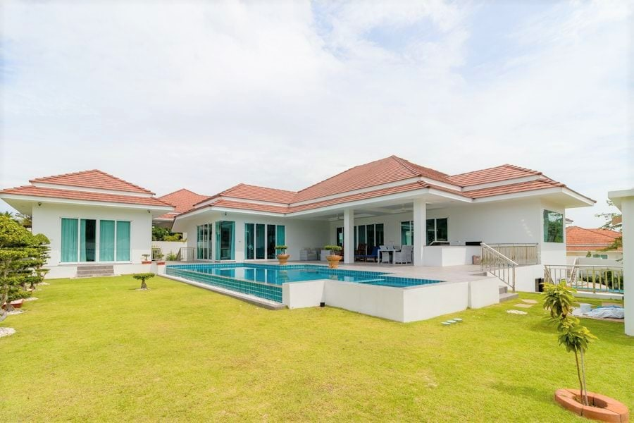 Luxury 5-Bed Pool Villa in Hua Hin with Amazing Views