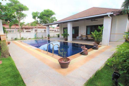 02 Thai-Bali style villa