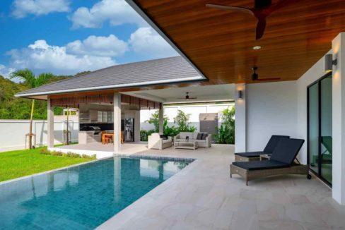 04 Hillside Hamlet8 Modern Bali Villa