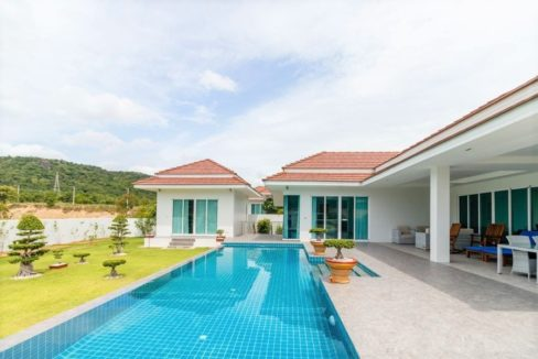 04 Separate guest house