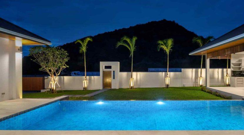 09F Villa with evening illumination