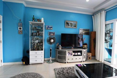 11 TV-Audio corner (2-Bed unit)