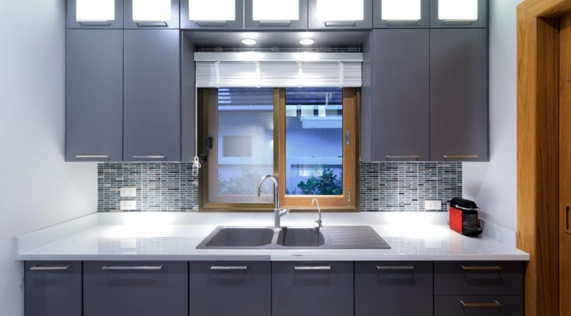 23 Fully fitted European style kitchen