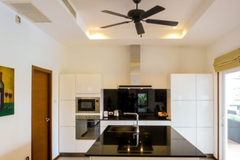 25 Fully fitted European style kitchen