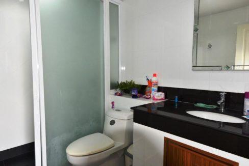 45 Bathroom #2 (2-Bed unit)