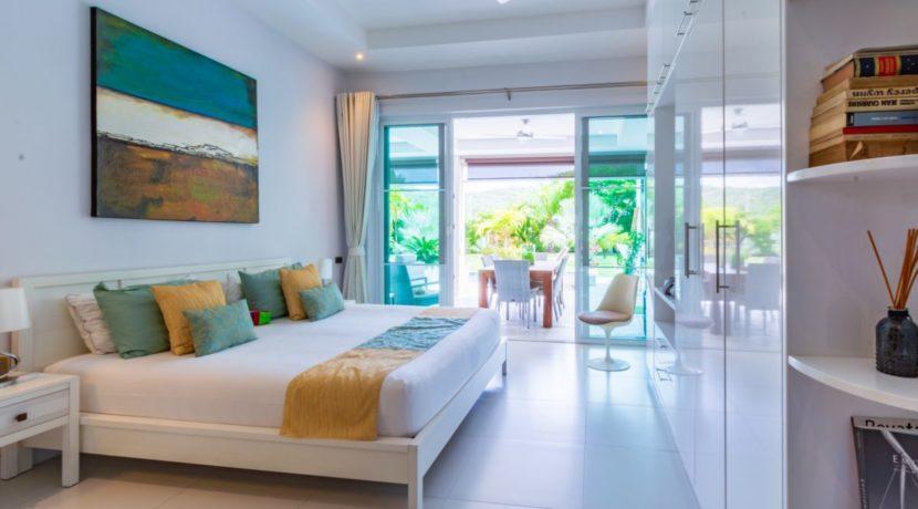 50 Large bedroom #3