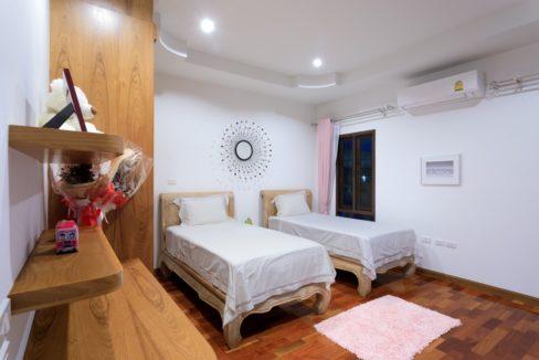 60 Bedroom #4