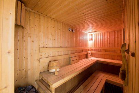 85 Sauna room
