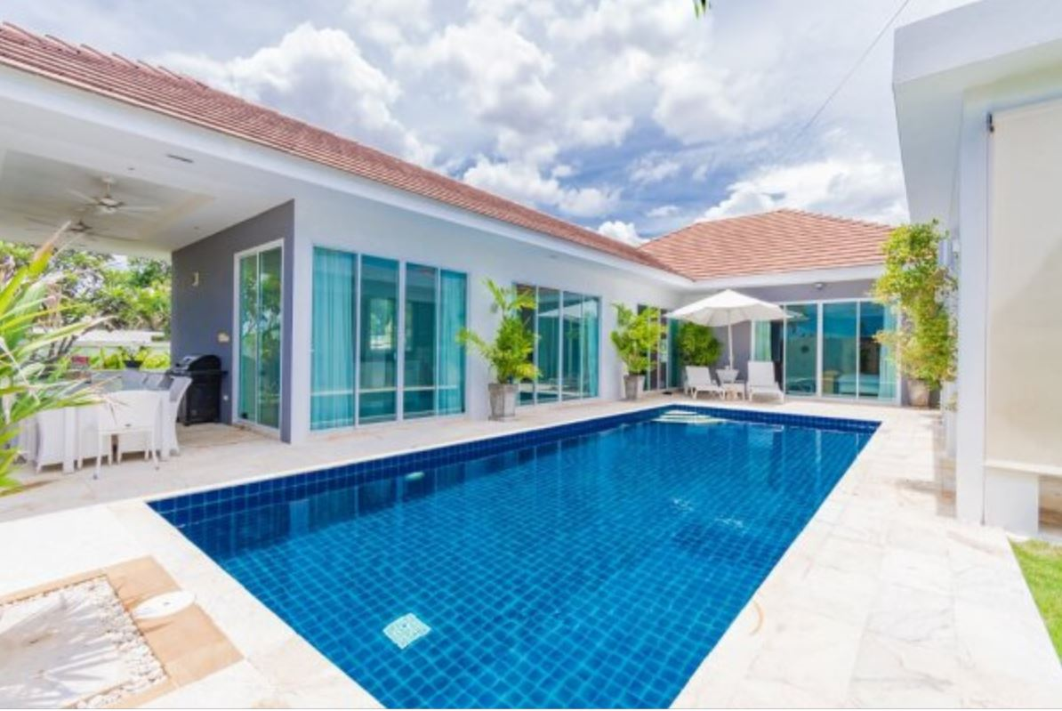 Luxury Modern Pool Villa in Hua Hin at Whitestone Villas