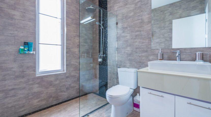 45 Bathroom #2 (Shared)
