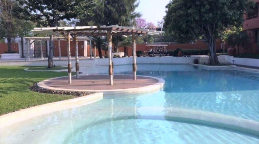 85 Kid's pool