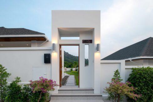 04A House entrance