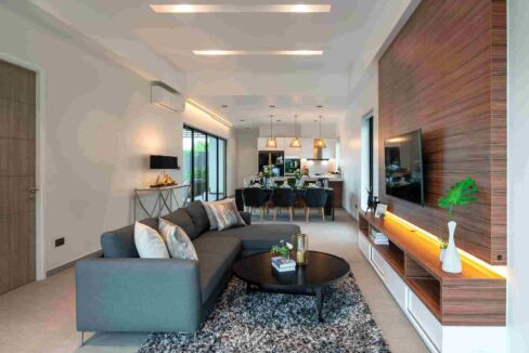 10 Spacious living-dining room