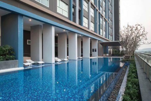 83 BKF Communal pool