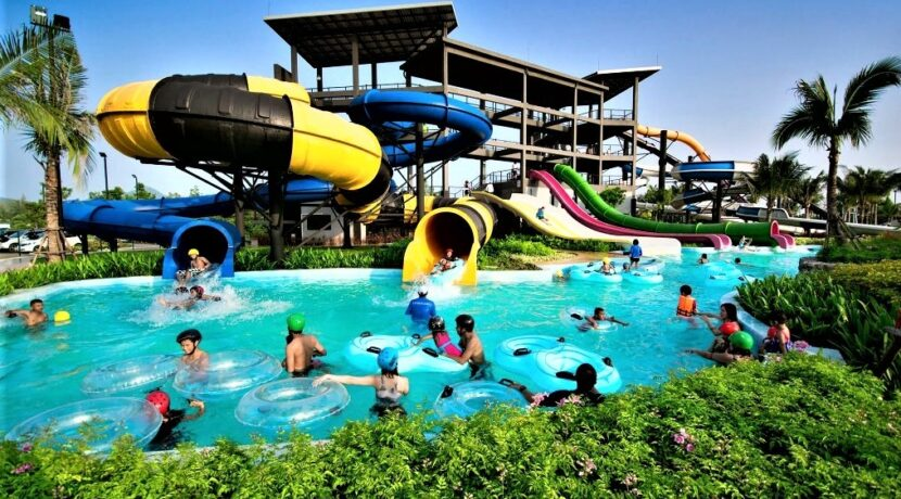94 Black Mountain Water Park