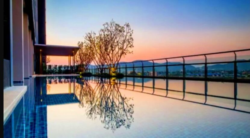 01 Pool view at sunset