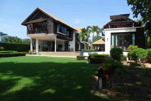 01B Palm Hills Thai-Bali Villa