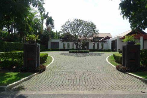 02B Palm Hills Thai-Bali Villa
