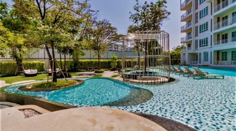 03 Summer Condominium