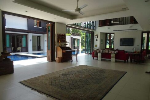 10 Palm Hills Thai-Bali Villa