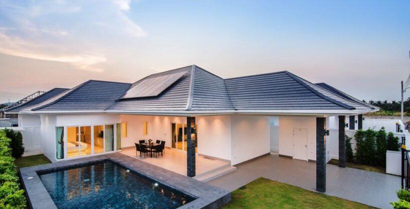 Brand new Luxury Pool Villa at Hua Hin Countryside