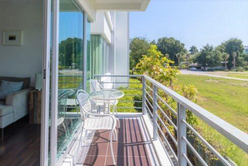 14 Balcony