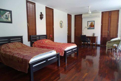 40 Palm Hills Thai-Bali Villa