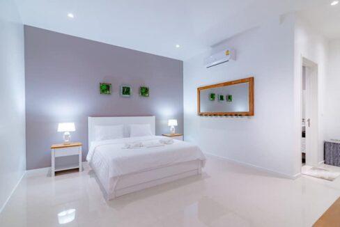 50 Large bedroom #3 with ensuite bathroom