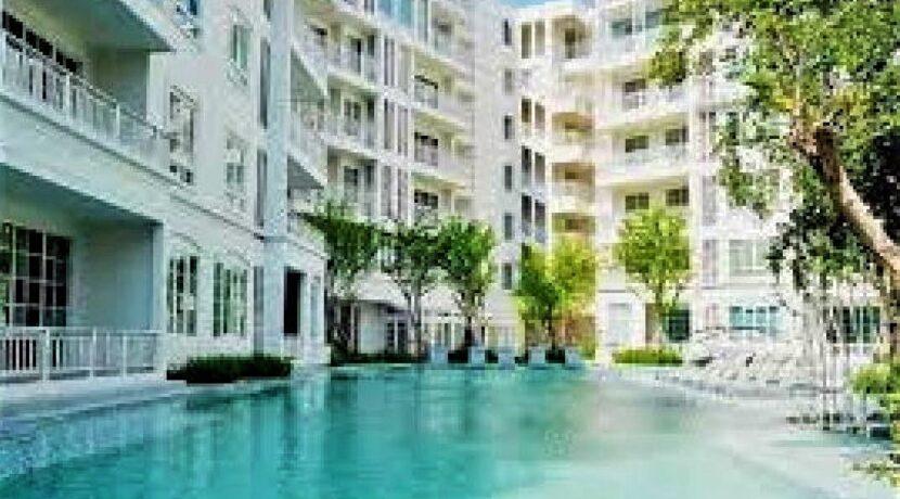 82 Summer swimming pool
