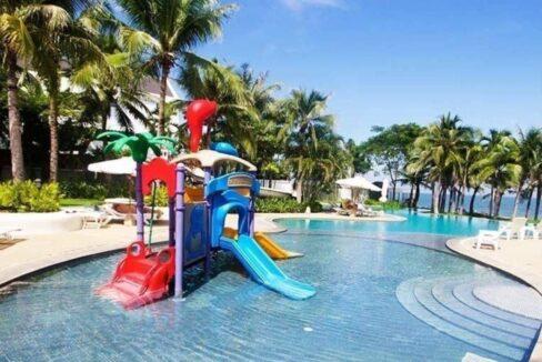 84 Kids swimming pool