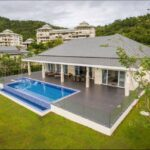 01 Luxury Golf Villa