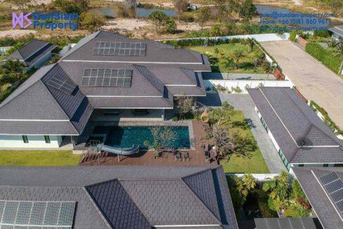 01C Exceptional pool villa exterior