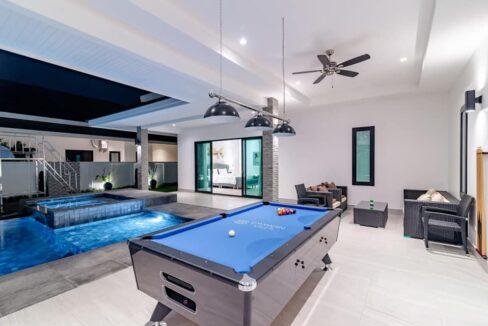 02E Exceptional pool villa exterior
