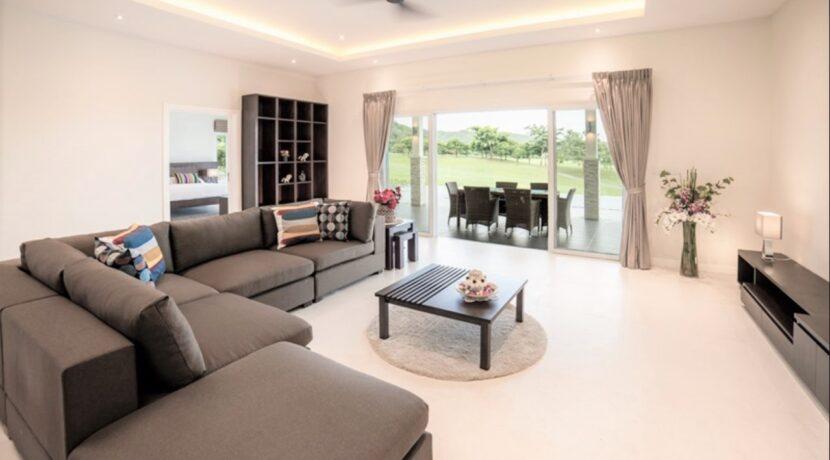 10 Luxury Golf Villa Interior