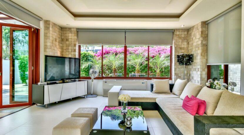 10 Phu Montra Villa Interior